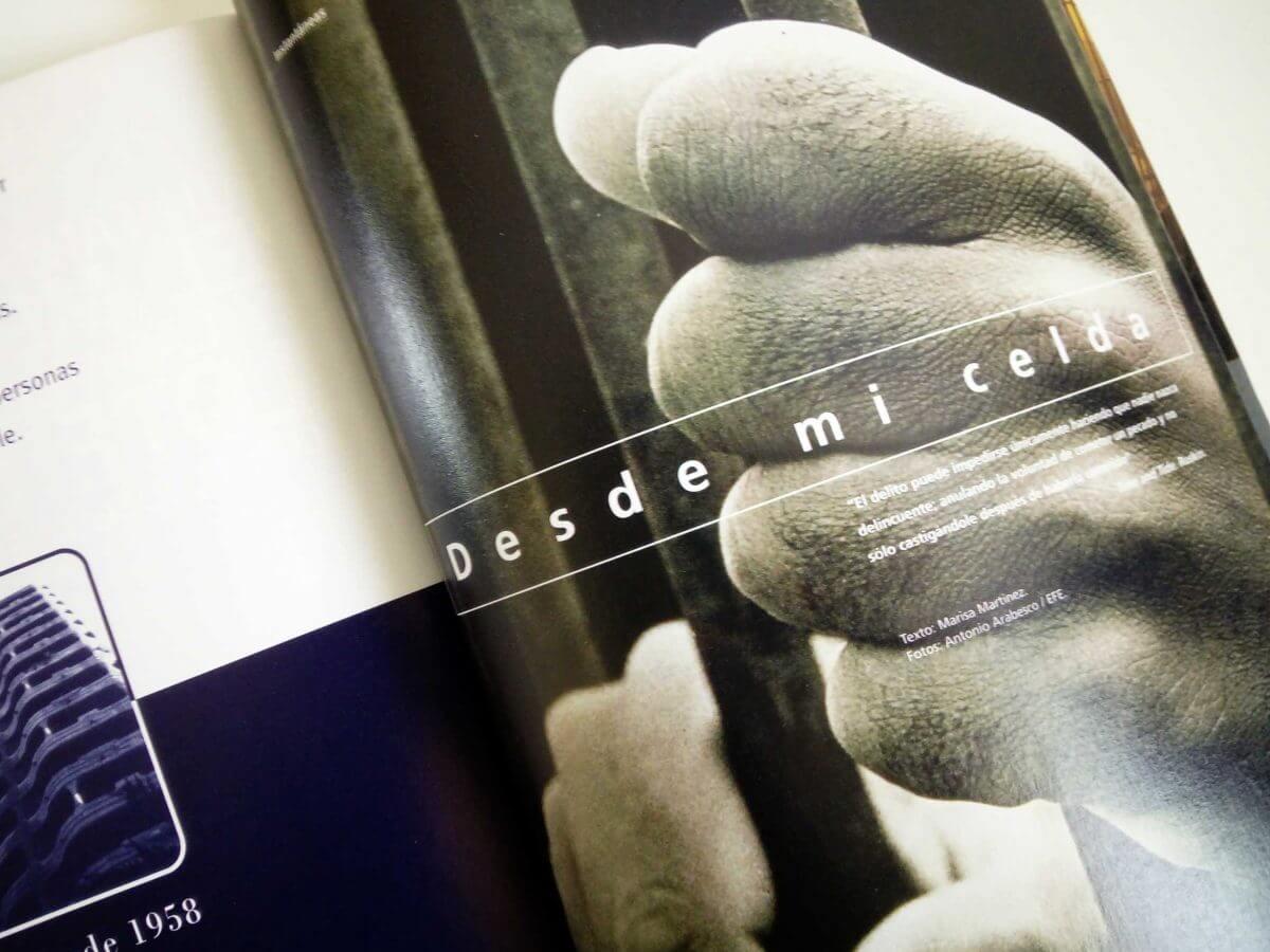 月刊誌 表紙デザイン
